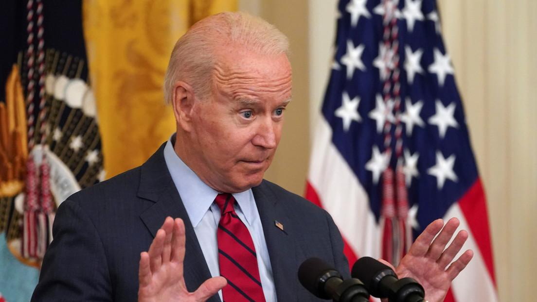 """""""Páguenles más"""": la escueta respuesta de Biden a una pregunta sobre la escasez de trabajadores en EE.UU. (VIDEO)"""