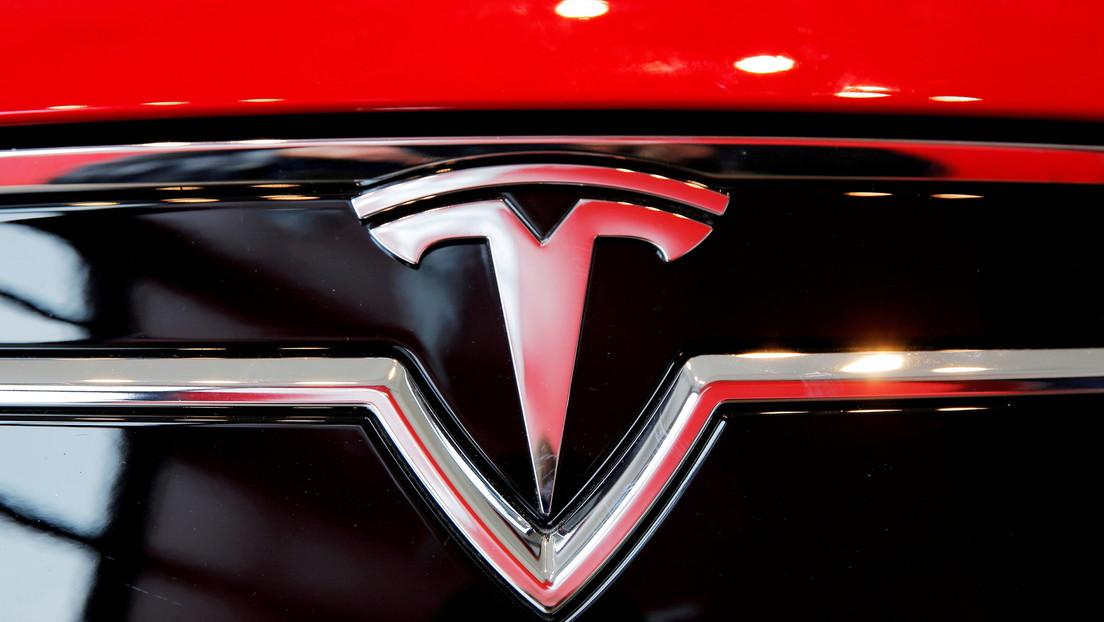 Tesla desarrolla la quinta supercomputadora más potente del mundo para entrenar la inteligencia artificial de sus vehículos autónomos