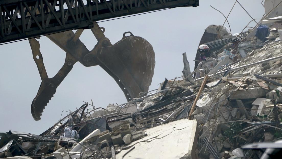 El edificio que colapsó en Florida se estaba hundiendo y se hallaba en tierra inestable, según un estudio de 2020