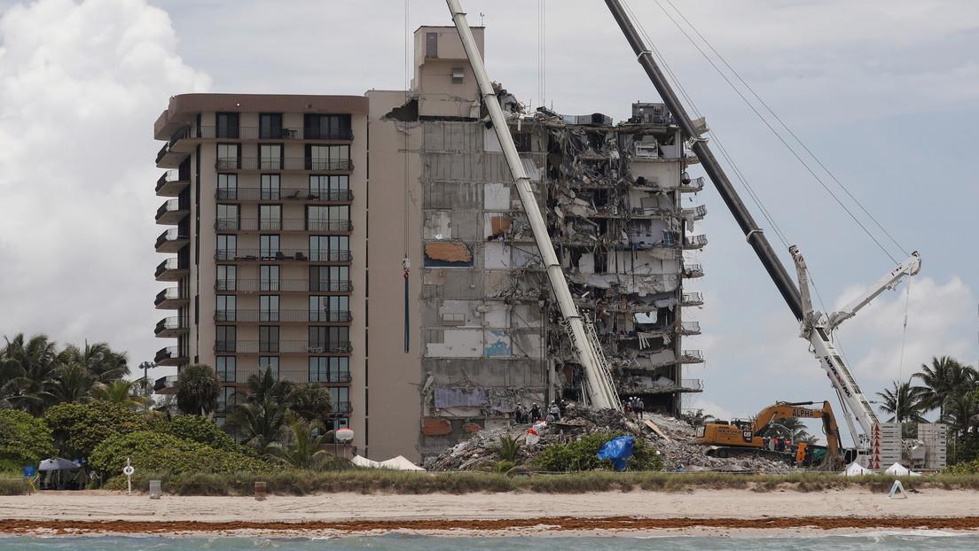 ¿Qué se sabe hasta ahora sobre el derrumbe del edificio residencial en Florida que dejó al menos 11 muertos y más de 150 desaparecidos?