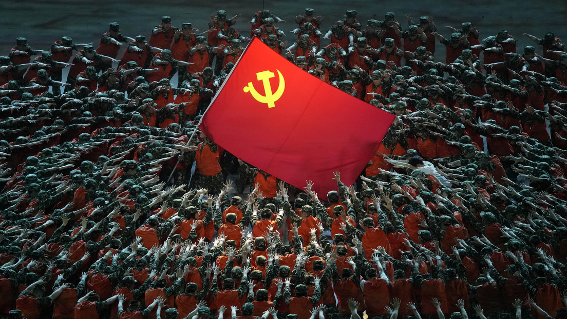 FOTOS: Con un espectáculo masivo y fuegos artificiales inicia Pekín la celebración del centésimo aniversario del Partido Comunista chino