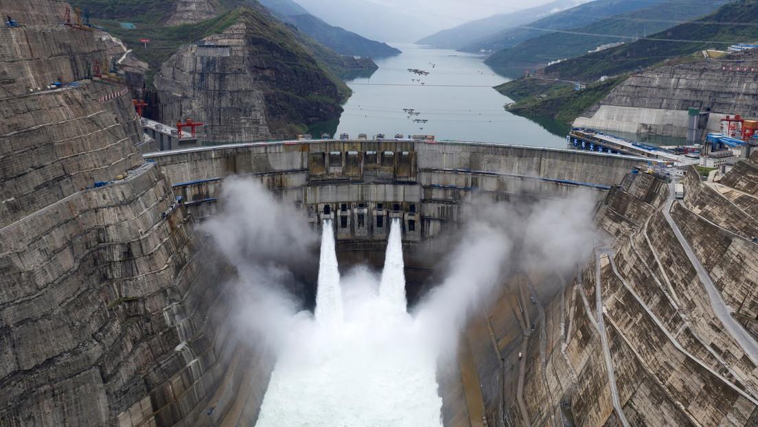 VIDEO: China pone en marcha una central hidroeléctrica llamada a ser la segunda que más energía genere en el mundo