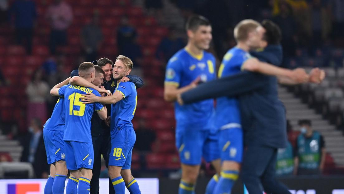 Ucrania vence a Suecia 2:1 y por primera vez pasa a los cuartos de final de una Eurocopa