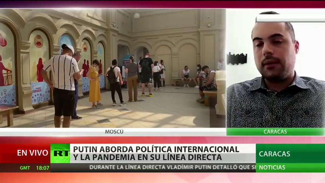 """Politólogo opina que la vacunación de Putin con Sputnik V le da al fármaco """"un mayor peso para su uso a nivel mundial"""""""