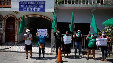 Liberan a la salvadoreña Sara Rogel, acusada de abortar y condenada a 30 años de prisión