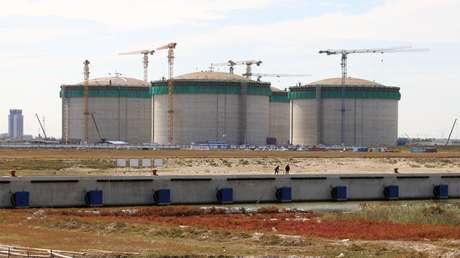 China inicia la construcción de la mayor unidad de almacenamiento del mundo de gas natural licuado