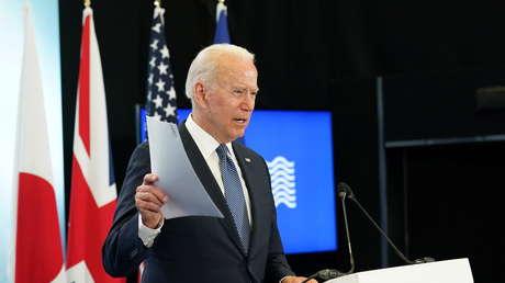 """Biden pide acceso a los laboratorios de Wuhan para determinar si el covid-19 fue el resultado de un """"experimento que salió mal"""""""