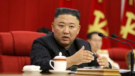 """Kim Jong-un afirma que Corea del Norte debería estar preparada """"tanto para el diálogo como para la confrontación"""" con EE.UU."""