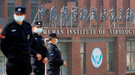 """EE.UU. advierte que China enfrentará """"aislamiento en la comunidad internacional"""" si no coopera en la investigación de los orígenes del coronavirus"""