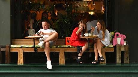 Moscú restringe el acceso a los restaurantes frente al repunte de casos de coronavirus