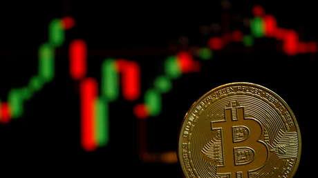 Experto adivierte que el bitcóin podría caer por debajo de los 10.000 dólares