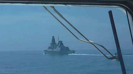 """Moscú sobre el incidente del destructor británico en el mar Negro: Washington y Londres """"intentan provocar un conflicto"""""""