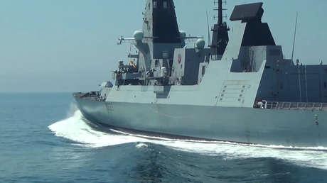 """El Ministerio de Defensa ruso califica de """"fiasco épico"""" y """"mancha sobre la reputación de la Armada"""" del Reino Unido el incidente en el mar Negro"""