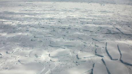 Desaparece misteriosamente un enorme lago en la Antártida