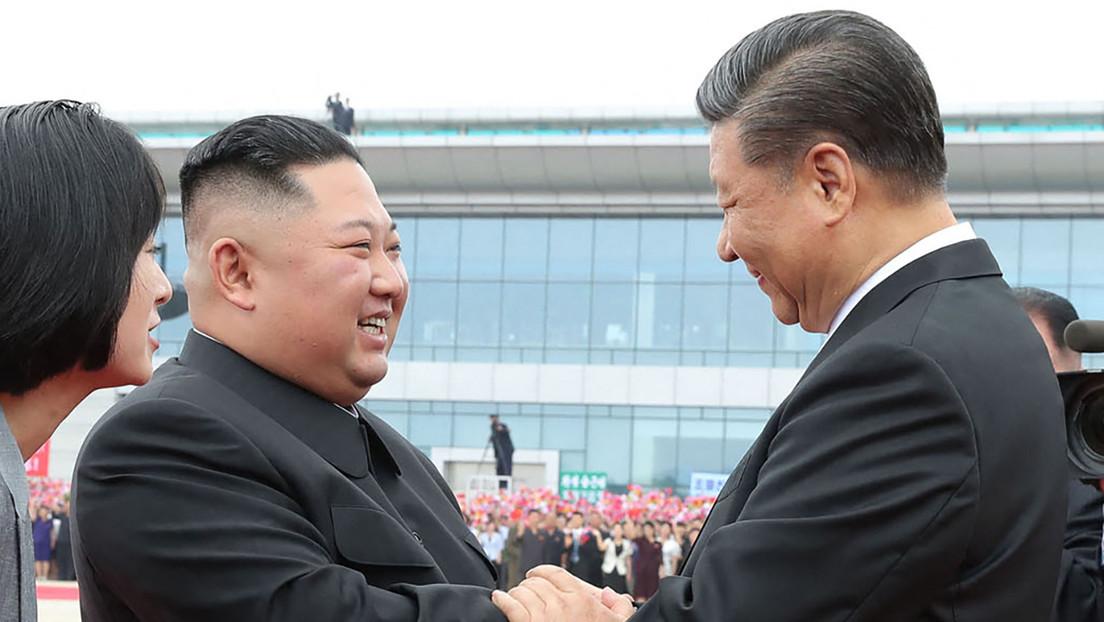 """Kim Jong-un aboga por fortalecer las relaciones con China y llevarlas """"a un nuevo punto estratégico"""""""