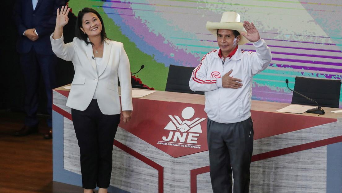 """""""El miedo era la pauta"""": Cómo operaron los medios para perjudicar a Castillo y beneficiar a Fujimori en las presidenciales de Perú"""