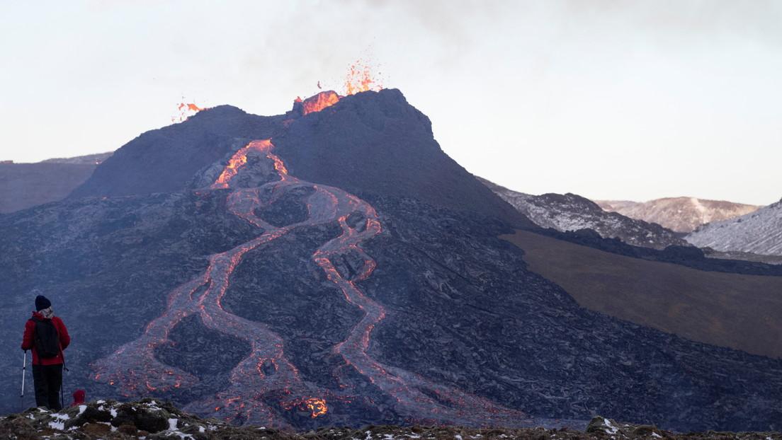 Los geólogos proponen extraer metales valiosos de los volcanes