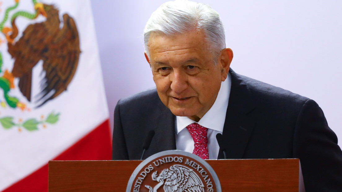 """López Obrador responde a las críticas por su nueva sección sobre noticias falsas: """"¿Cómo no vamos a tener el derecho de decir 'esta es una calumnia'?"""""""