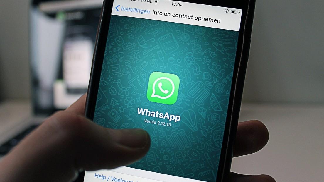 Joven sin formación crea cursos preparatorios para los exámenes por WhatsApp con su 'smartphone' y sus estudiantes sorprenden con sus resultados