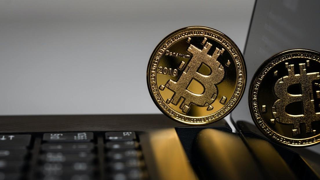 Este país vivió 2 estafas récord con bitcoines en las que se perdieron más de 4.000 millones de dólares: ahora se apresura a regular las criptomonedas