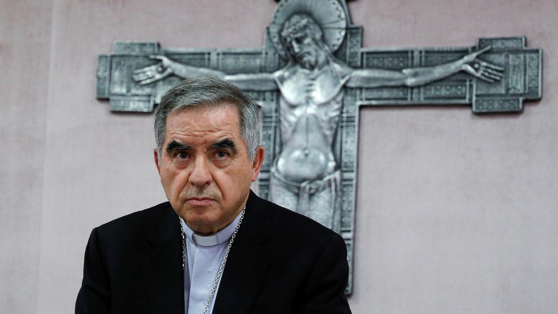 El Vaticano lleva a juicio a 10 personas, incluido un cardenal, por un escándalo inmobiliario