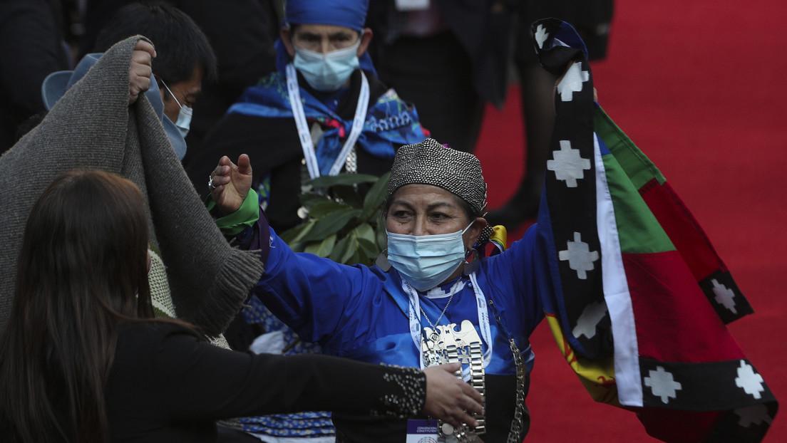 Una académica mapuche preside la Convención Constituyente de Chile: los vientos de cambio que alientan a América Latina