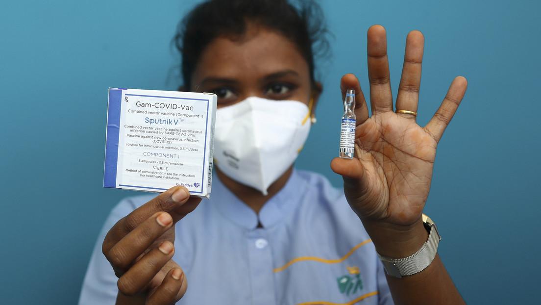India produce el primer lote de prueba de la vacuna Sputnik V contra el covid-19