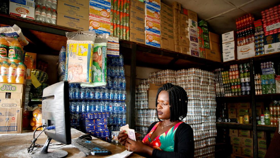 El nuevo billete más grande de Zimbabue vale menos de un dólar estadounidense
