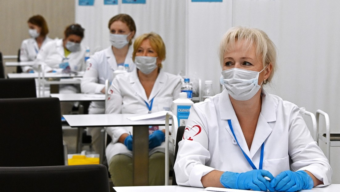 Moscú abre el mayor centro de vacunación para extranjeros en el estadio Luzhnikí