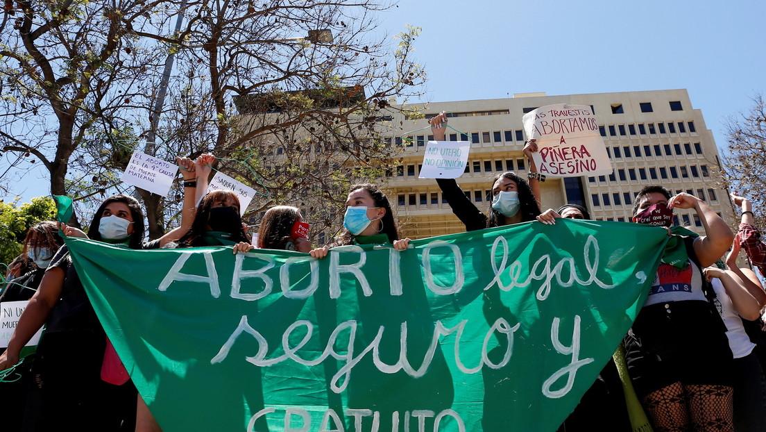 Matrimonio igualitario y despenalización del aborto: ¿el inesperado 'legado' que podría dejar Piñera en Chile?