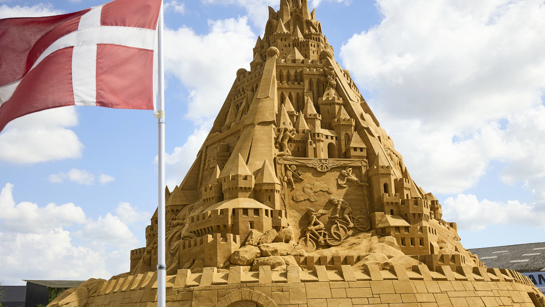 Construyen en Dinamarca el castillo de arena más grande del mundo (FOTO)