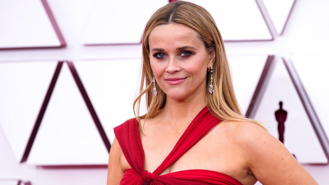 Apple podría comprar la compañía audiovisual de la actriz de Hollywood Reese Witherspoon por unos mil millones de dólares