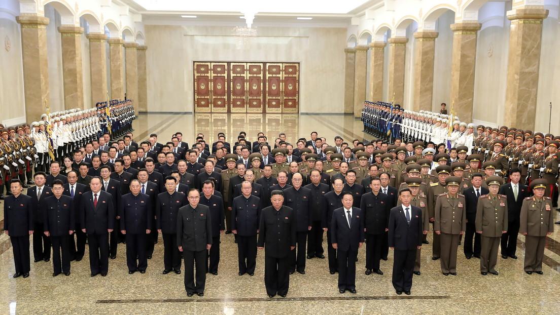 Fotos recientes del liderazgo norcoreano indican una profunda reestructuración tras las críticas lanzadas por Kim Jong-un