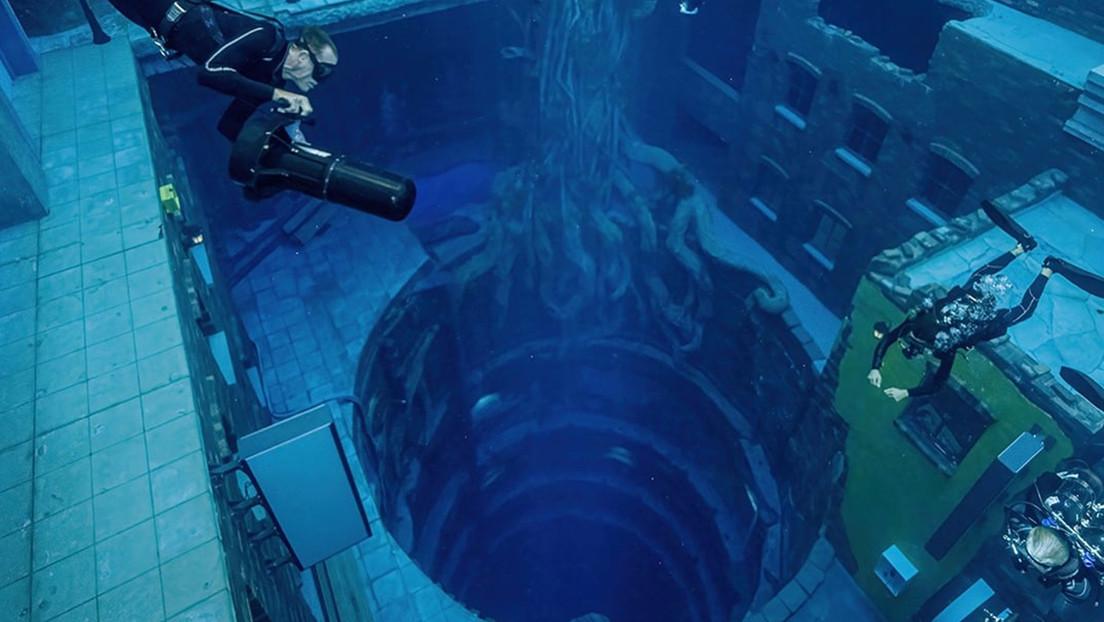 La piscina más profunda del mundo se inaugura en Dubái e incluye una 'ciudad submarina' para explorar