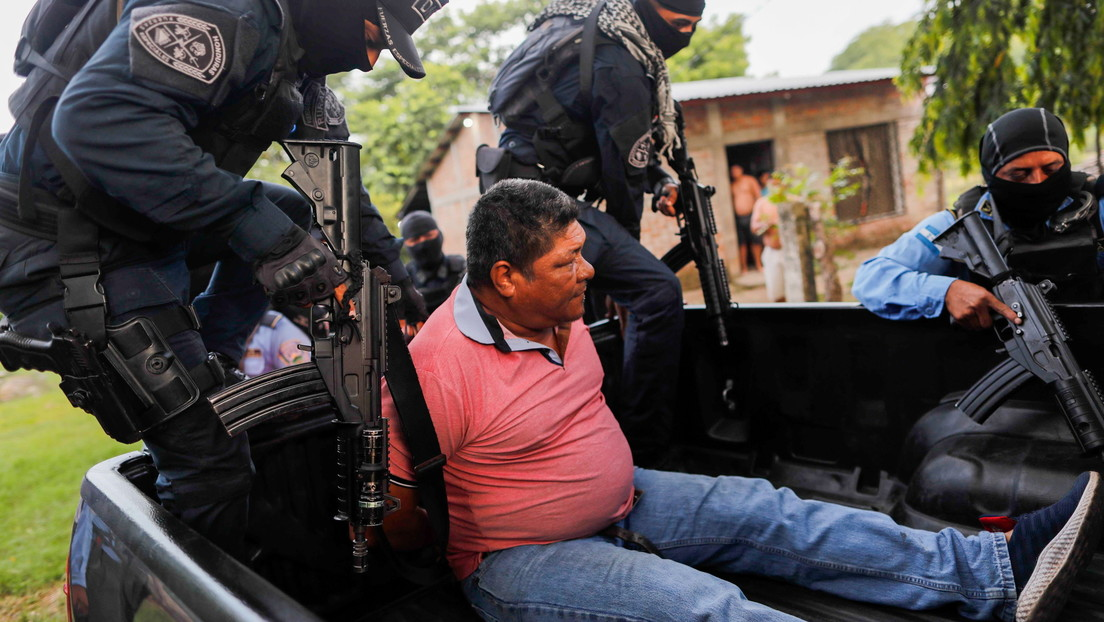 Arrestan a cinco sospechosos después de que una turba de 600 personas linchara hasta la muerte a un italiano en Honduras