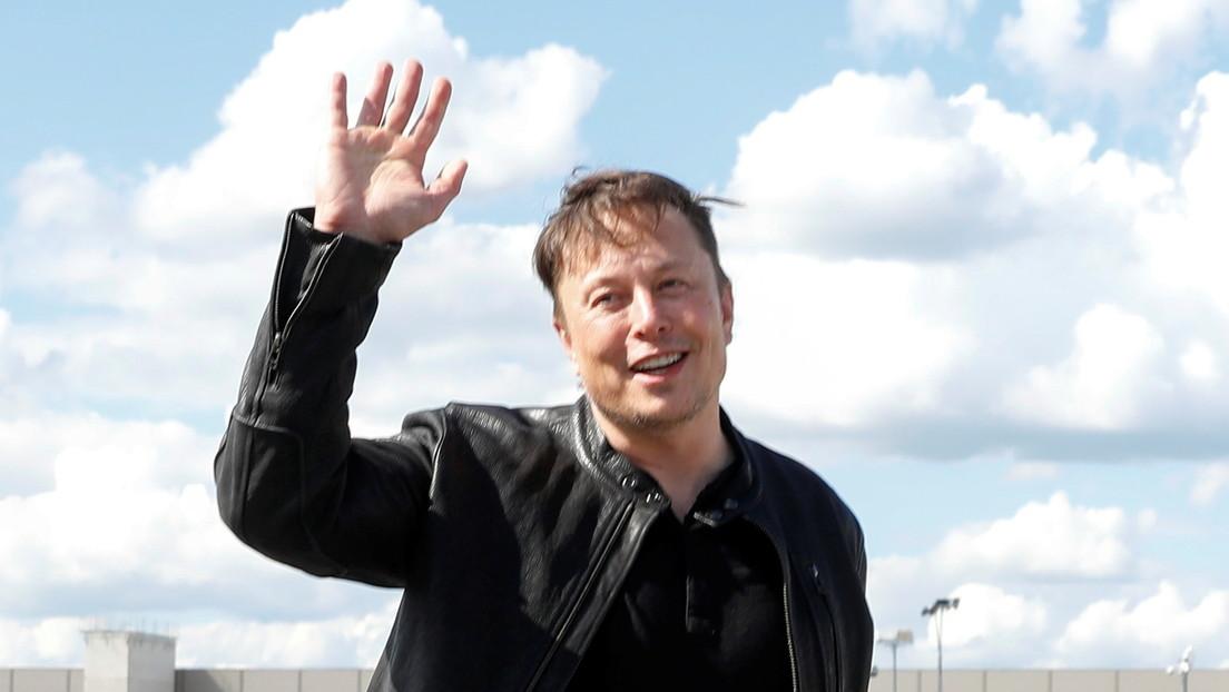 Elon Musk le desea éxito a Branson en su vuelo espacial y se prepara para ver el lanzamiento de Virgin Galactic