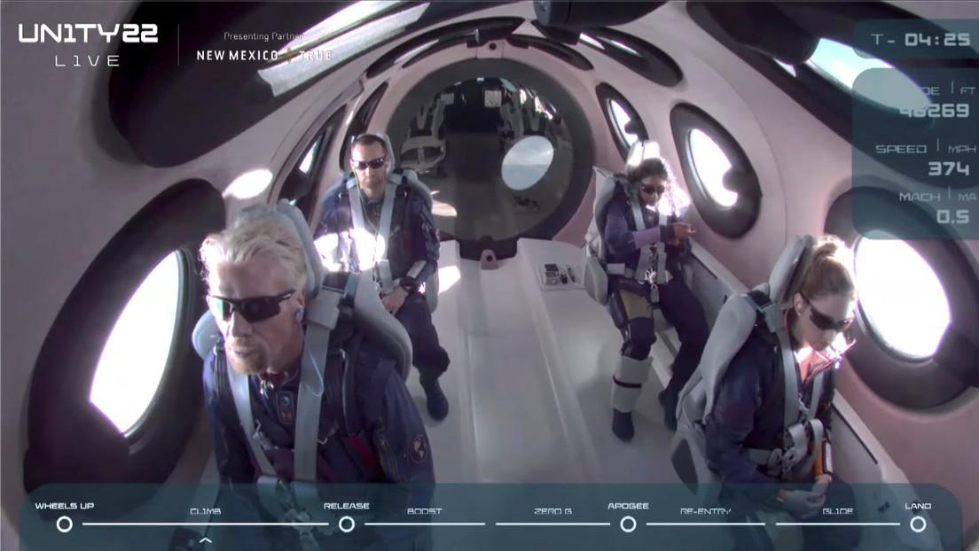 Richard Branson hace historia tras completar con éxito su primer viaje al espacio a bordo de la nave SpaceShipTwo