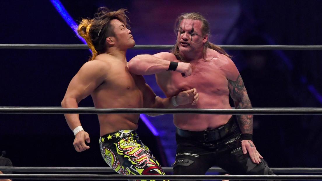 VIDEO: Un fan trata de invadir el ring en pleno 'show' de lucha libre y termina golpeado por el icónico Chris Jericho