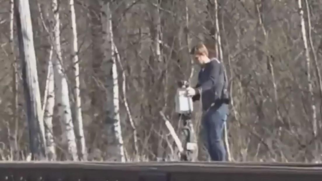 La Cancillería de Rusia denuncia que un empleado de la Embajada de EE.UU. se llevó un cambio de agujas de una vía de tren (VIDEO)
