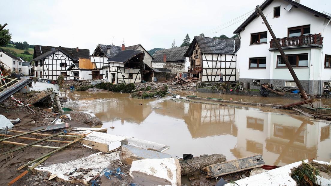 """Merkel dice estar """"conmocionada"""" por las mortíferas inundaciones en Alemania"""