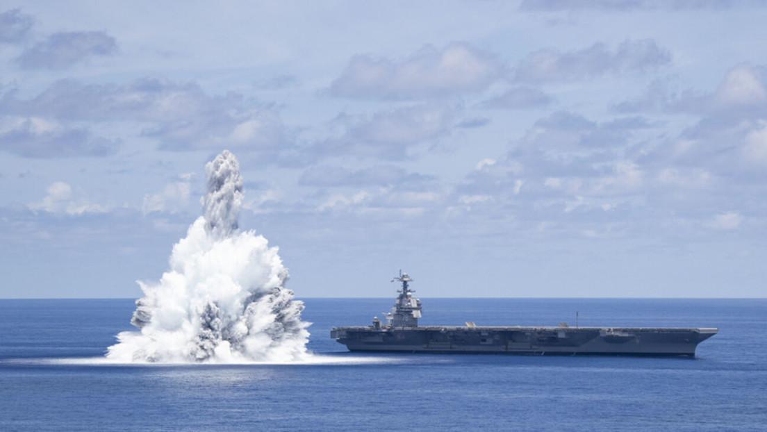 Provocan una explosión cerca del portaviones más avanzado de EE.UU. como parte de pruebas de 'shock' y se registra como un terremoto de 3,9