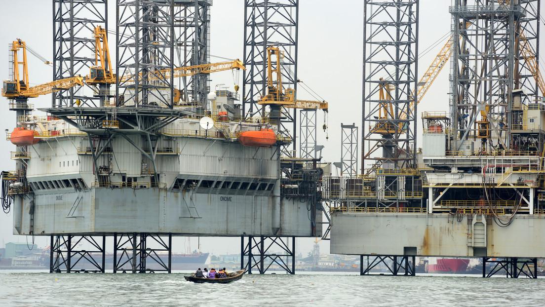El mayor productor de crudo de África aprueba una ley para revolucionar su industria petrolera: ¿en qué consiste?