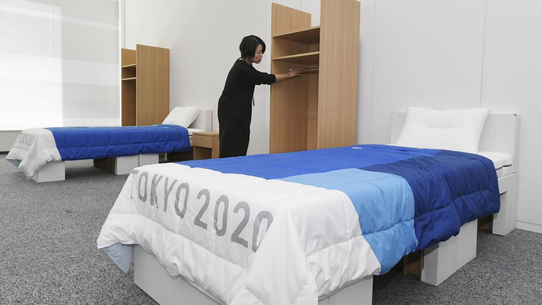 Los atletas de los JJ. OO. de Tokio dormirán en camas de cartón y recibirán 160.000 condones que no les recomiendan usar