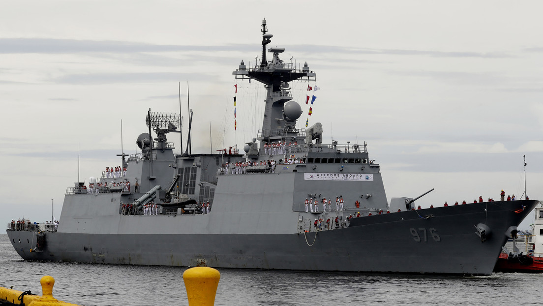 El Ejército de Corea del Sur sufre el peor brote de coronavirus a bordo de un buque antipiratas