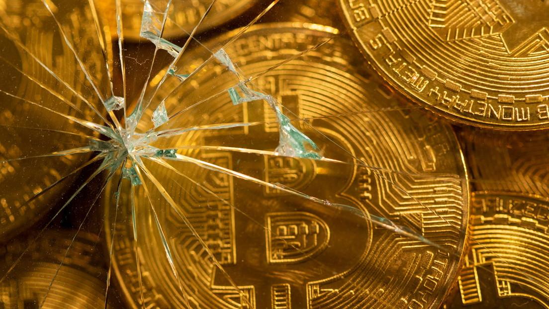 """""""Es un mercado peligroso"""": Financiero advierte sobre la inversión en acciones y bitcoines"""