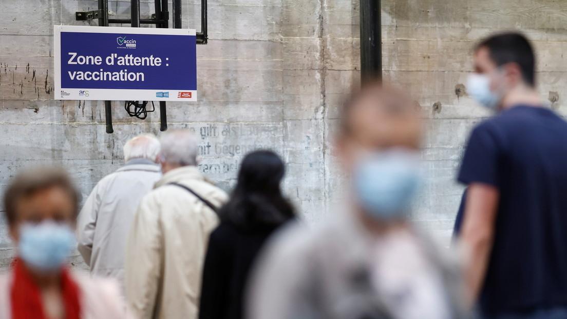 """""""Puede subir muy rápido y  muy alto"""": Francia anuncia que atraviesa la cuarta ola de coronavirus"""