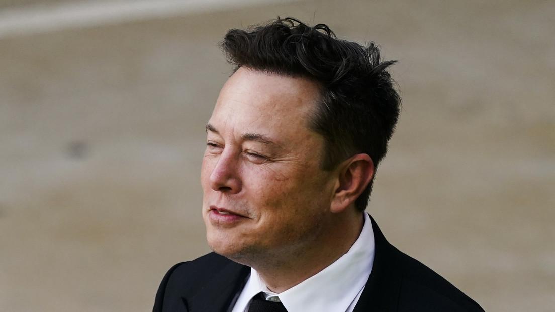 Elon Musk trolea a Jeff Bezos antes de su vuelo suborbital