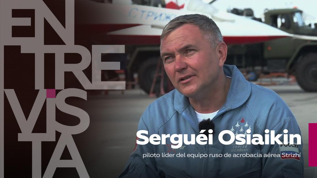 """Serguéi Osiaikin, piloto líder del equipo ruso de acrobacia aérea Strizhí: """"El piloto y el avión son como uña y carne"""""""