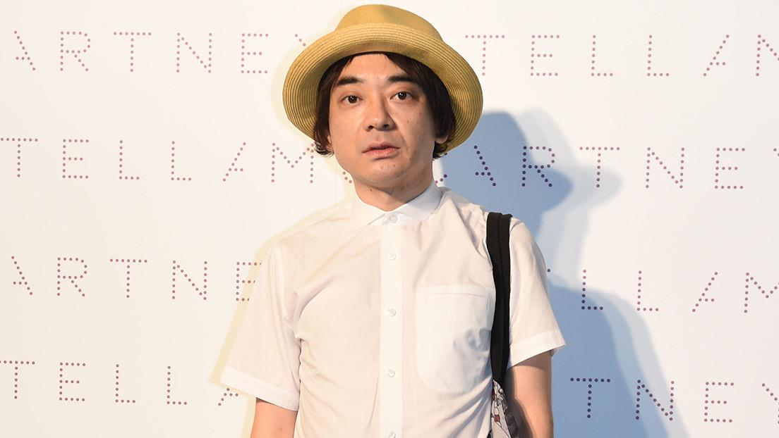 El compositor de la canción de Tokio 2020 anuncia su dimisión por forzar a un niño discapacitado a comer sus propias heces durante su infancia