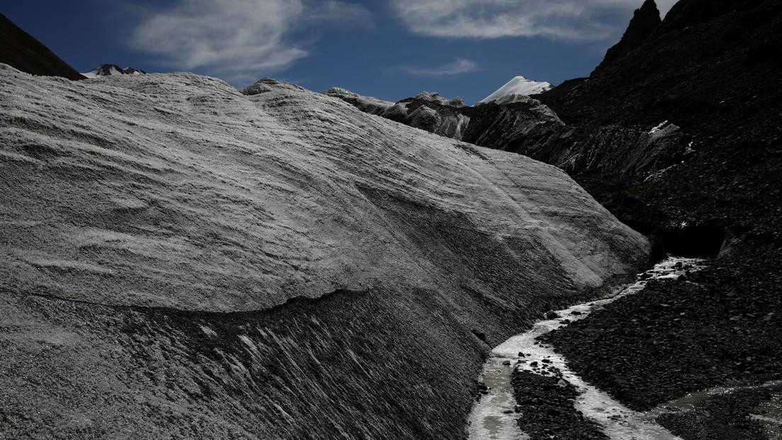 Descubren virus de 15.000 años de antigüedad en glaciares tibetanos